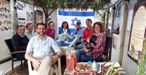 Look who's coming to the sukkah