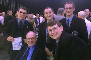 Dershowitz meets Carmel students