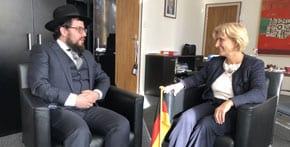 Australian rabbi concerned with rising antisemitism sends message to Germany