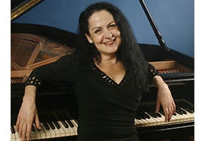 An Australian pianist hailed a New York taxi driver