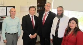 Joseph Zammit, General Manager, Jewish House Ron Hoenig MP, Shadow Minister for Energy and Ports, Member for Heffron. The Hon. Walt Secord MLC, Shadow Minister for Roads Rabbi Mendel Kastel The Hon. Sophie Cotsis MLC, Shadow Minister for Housing