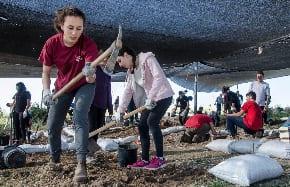 Students unearth a 2000-year-old Jewish Settlement near Beit Shemesh