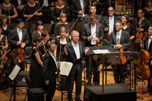 David Robertson and the SSO  Photo: Ken Butti