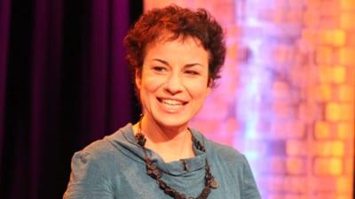 Dr Avril Alba