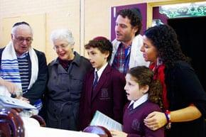 The Doobov/Oshlack family celebrating their Aliyah