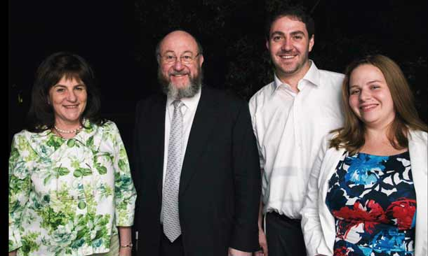 Rebbitzin Valerie Mirvis, Rabbi Ephraim Mirvis, Rabbi Alon Meltzer and Rebbetzin Linsay Meltzer   Photo: Adam Hyman