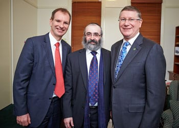 David Southwick, Rabbi Meir Shlomo Kluwgant and Premier Napthine