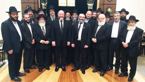 RCV-meets-with--610Chief-Rabbi-Mirvis