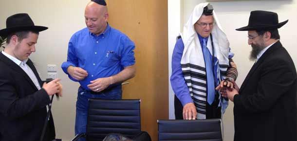 Rabbi Schneur Zalaman Raskin, Meir Yitzchaki, Ambassador Shmuel Ben-Shmuel and Rabbi Mendel Raskin