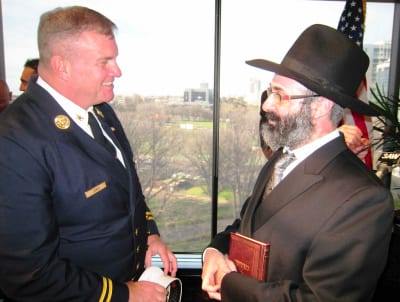 U.S. Consul General Michael Thurston with Rabbi Klugwant