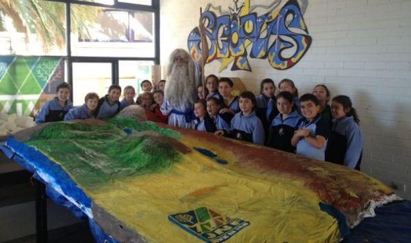Erez Feinberg takes students on a tour of Israel