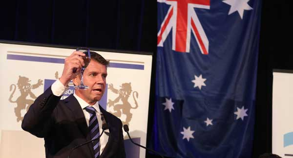 NSW Premier Mike Baird toasts the State of Israel