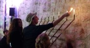 Australian students celebrate Chanukah in Israel