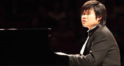 Tsujii set the feet stamping…a music review by Fraser Beath McEwing