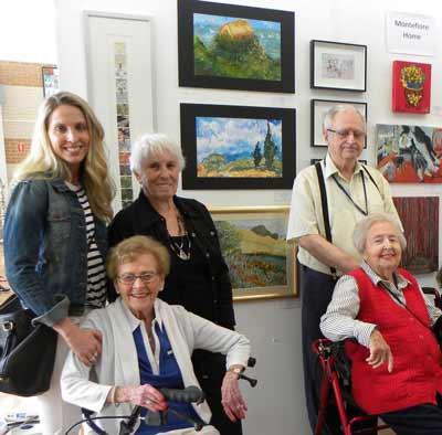 Volunteer Yael Katz with Gertie Huppert, Joyce Schoenheimer, Paul Zeeman and Miriam Palmer