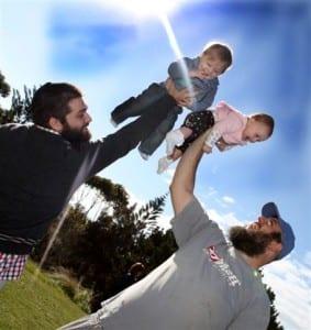 Raising their children to the sun